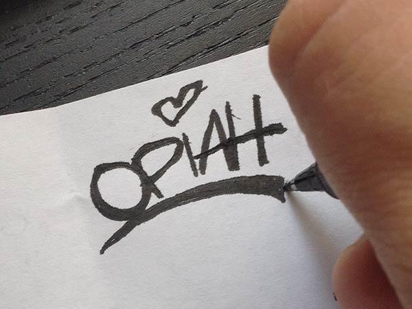 sketching-logo-design-process