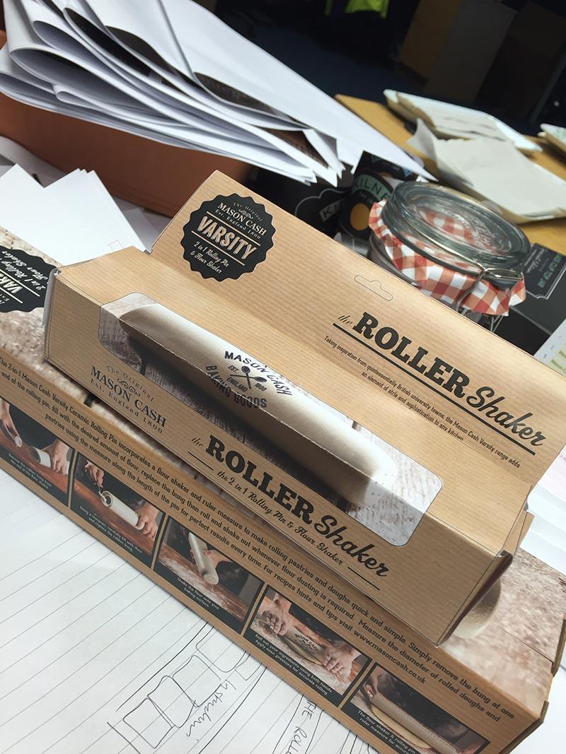 food-kitchen-dining-packaging-design-roller-shaker